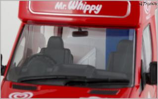 Прикрепленное изображение: 2006 Mercedes-Benz Sprinter W906 Walls Ice Cream Whitby Mondial Ice Cream Van - Oxford Diecast - WM001 - 7_small.jpg