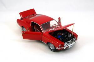 Прикрепленное изображение: 1968 Mustang GT (6).JPG