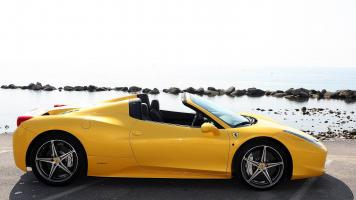 Прикрепленное изображение: 2014-Ferrari-458-Spider-Top-Speed.jpg