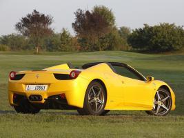 Прикрепленное изображение: Ferrari_wallpapers_396.jpg