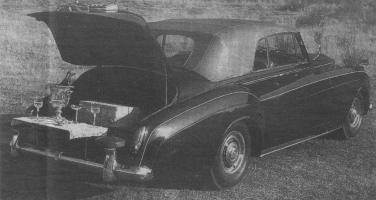 Прикрепленное изображение: Rolls-Royce Silver Cloud II.jpg