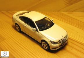Прикрепленное изображение: w204 coupe-2.jpg