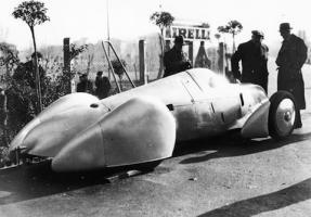 Прикрепленное изображение: Rekordwagen_von_Auto_Union_fuer_Stuck_im_Jahre_1935.jpg