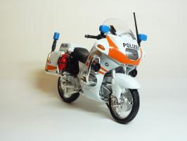 Прикрепленное изображение: BMW R 1100 RT Police Version \'1994 (Welly) 3.JPG