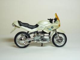 Прикрепленное изображение: BMW R 1100 RS \'1992 (Welly) 4.JPG