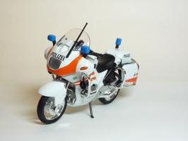 Прикрепленное изображение: BMW R 1100 RT Police Version \'1994 (Welly) 2.JPG