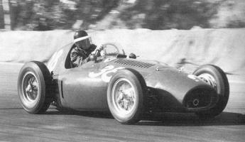Прикрепленное изображение: Ferrari_553.jpg
