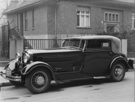 Прикрепленное изображение: Horch -8 Typ 1931.jpg
