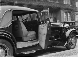 Прикрепленное изображение: Horch 8 Typ 1931, offene Tür.jpg