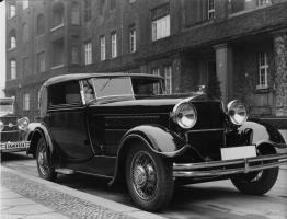 Прикрепленное изображение: Horch 8 Typ 1931 1.jpg