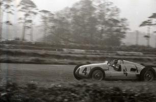 Прикрепленное изображение: 1938 DiningtonGP 16.jpg