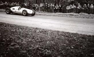 Прикрепленное изображение: UNKNOWN MOTOR SPORT EVENTS circa 1930's-40's 04-23.jpg