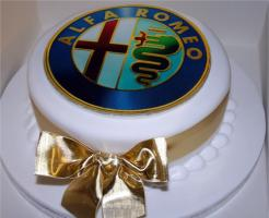 Прикрепленное изображение: alfa_romeo_cake.jpg