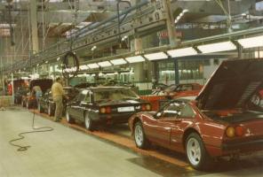 Прикрепленное изображение: 33483d1314309139-october-1983-ferrari-factory-factory-visit-oct-83.jpg