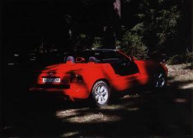 Прикрепленное изображение: BMW Z1 2.jpg