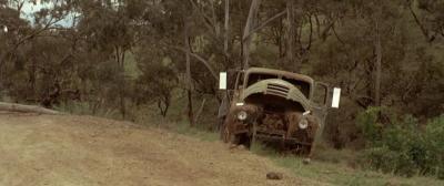 Прикрепленное изображение: Разбитый грузовик.jpg
