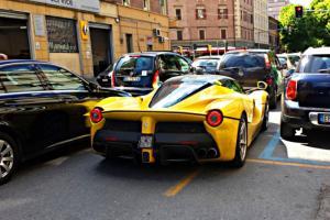 Прикрепленное изображение: La_Ferrari (4).jpg
