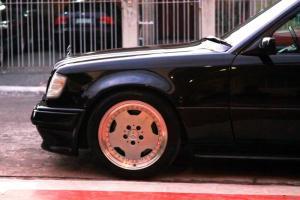 Прикрепленное изображение: Mercedes_w124_e60_amg_4.jpg