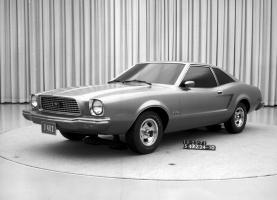 Прикрепленное изображение: 11-1971-Mustang-II.jpg