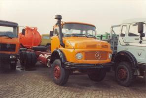 Прикрепленное изображение: MB L 2624 Hauber orange ohne Aufbau _2_.jpg