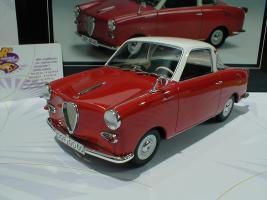 Прикрепленное изображение: Schuco 00082 Goggomobil Coupe TS 250 Baujahr 1969 1.JPG