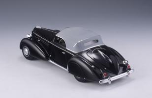 Прикрепленное изображение: Packard Model 1106 120 Graber Convertible 1938.jpg