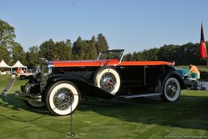 Прикрепленное изображение: Duesenberg Model J Riviera Phaeton Cabrio.jpg