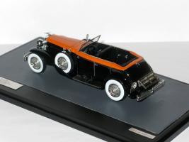 Прикрепленное изображение: Duesenberg Model J Riviera Phaeton Cabrio 1934 007.JPG