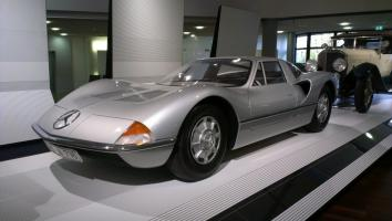 Прикрепленное изображение: Mercedes-Benz C111 Design Concept Bruno Sacco.jpg
