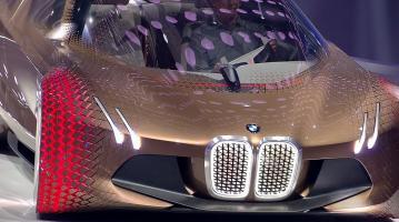 Прикрепленное изображение: BMW Vision Next 100 -1.jpg