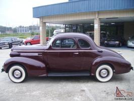 Прикрепленное изображение: oldsmobile business coupe 37.jpg