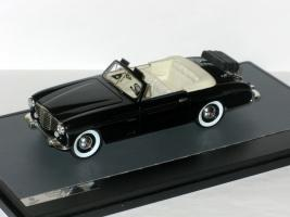 Прикрепленное изображение: Packard 120 Vignale Cabrio 1948 005.JPG