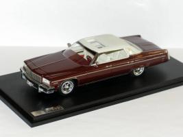 Прикрепленное изображение: Buick Electra 225 001.JPG