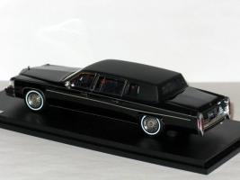 Прикрепленное изображение: CADILLAC Fleetwood Formal Limousine 1984 006.JPG