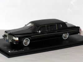 Прикрепленное изображение: CADILLAC Fleetwood Formal Limousine 1984 007.JPG