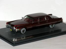 Прикрепленное изображение: Cadillac Fleetwood Series 75 Limousine 1970 016.JPG