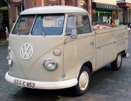 Прикрепленное изображение: Volkswagen T1 PickUp-1960.03.jpg