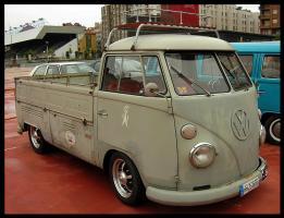 Прикрепленное изображение: Volkswagen T1 PickUp-1960.05.jpg