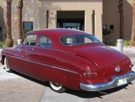 Прикрепленное изображение: Mercury Monterey Sport Coupe-1950.06.jpg