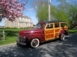 Прикрепленное изображение: Ford V8 Woody Station Wagon-1947.04.jpg