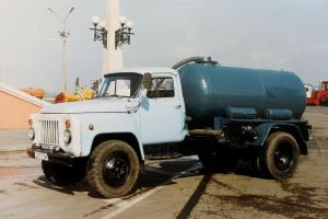 Прикрепленное изображение: GAZ-53-12-Vladimir-Novoselov-010706-01-RUS.jpg