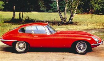Прикрепленное изображение: 1961_Jaguar_E_type_02.jpg