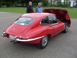 Прикрепленное изображение: Jaguar_E-Type_Series_1_(XKE)_1961-1968_(1964-1968_Coupe_4.2L)_(01)_-CC1-.jpg