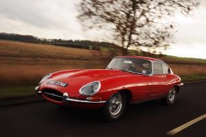 Прикрепленное изображение: Jaguar-E-Type_14.jpg