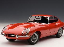 Прикрепленное изображение: Autoart Jaguar E Type.jpg