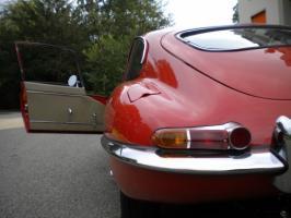 Прикрепленное изображение: jaguar-e-type-1961_37.JPG