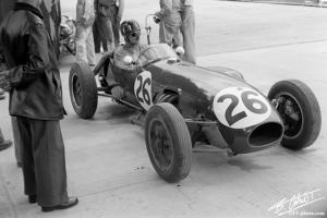 Прикрепленное изображение: Hill-G_1958_Monaco_04_BC.jpg
