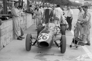 Прикрепленное изображение: Hill-G_1958_Monaco_03_BC.jpg