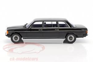 Прикрепленное изображение: 1978 Mercedes-Benz V123 Lang 5.jpg