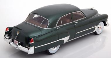 Прикрепленное изображение: 1949 Cadillac Series 62 Touring Sedan 02.jpg